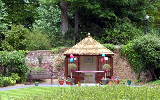 Summer house gift to dunkirk house malmesbury branch the royal british legion - Summer projects house garden ...