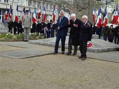 The 72Nd Anniversary Of Operation Chariot 2 Veterains Of The Raid Laid Wreath To Remember There Lost Comrades