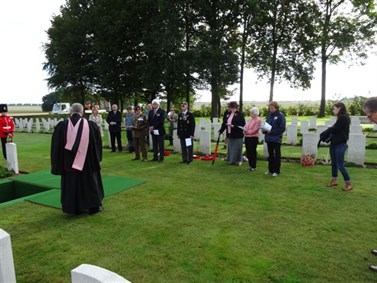 Burial Services Fontenay Le Pesnel War Cemetery Tessel Normandy